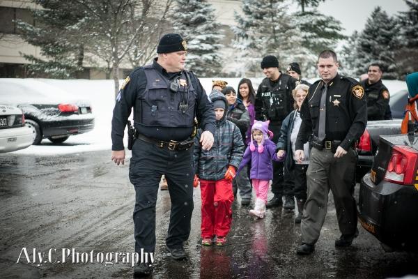 053-Cops&Kids