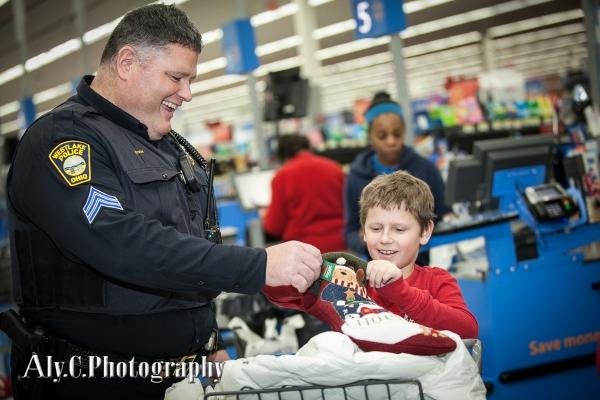 137-Cops&Kids